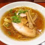 ラーメン8 - 正油ラーメン(甘口正油と中華油の細麺)700円