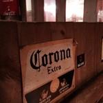 ジョリーパッド - コロナビールにライムも良いですね♪
