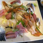 うまい鮨勘 - コース料理の2品目_刺身盛り合わせ