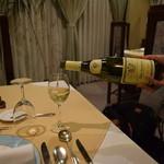 門田 - 料理写真:ハウスワイン