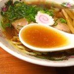こばやし - スープは魚介系の旨味が効いてて、美味しかったです♪