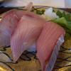 すし玉 - 料理写真:ぶり、トロ、フクラギ