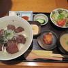 月の都 - 料理写真:炭火焼和牛 A5 カルビ定食 1200円(込)