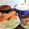 叶食堂 - 料理写真:ミックスフライ定食750円