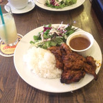 Cafe BOHEMIA - タンドリーチキンランチ