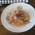 ピッツァ&ビストロ ジーノ - ランチセットのパスタ(ごろごろ魚介のラグービアンコ)