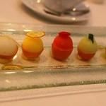 グランシェール 葉山庵 - わたしのデザート 5種類のソルベがきんかんの上にのっています