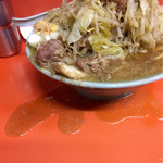 ラーメン富士丸 - スープがだだ漏れ