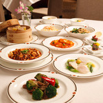 桂林 - 桂林人気のプリフィックスランチ。10種類の料理よりお選びいただけます