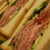 サンドイッチハウスペアバルーン - 料理写真:ローストビーフがたっぷり