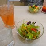 ポムの樹 - 料理写真:ランチ/サラダ