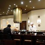 天ぷら ひさご - カウンター席