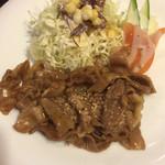 徳丸レストラン - 肉は味が甘辛タレがよくしみてます(^^)