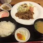 徳丸レストラン - 生姜焼き定食1,180円(^^)