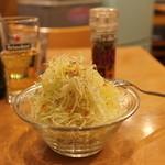 Kikuya Curry - セットのサラダ