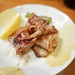 魚がし料理佃喜知 - お通しのヤリイカバター。ヤリイカが柔らかい!