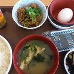 すき家 - 牛小鉢卵かけご飯朝 食 324円