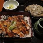 土風炉 -  鶏炭火焼重もり蕎麦セット ¥880-