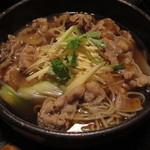 土風炉 - 生姜たっぷりの肉蕎麦 ¥800-