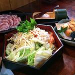 京やさいしゃぶしゃぶ - 揚げ物盛り合わせ、野菜盛り、竹筒つくね、豚しゃぶ肉