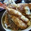 谷津家 - 料理写真:<'15/01/24>海鮮たっぷり天丼¥1190
