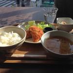 カフェ ルクー - 一汁三菜ランチ。本日はアジフライでした。