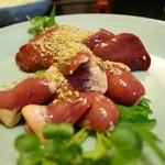 鳥喜 - 料理写真:ハツ刺とレバ刺