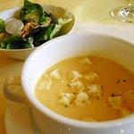 レストラン楓 - 料理写真:ランチ:スープとサラダ