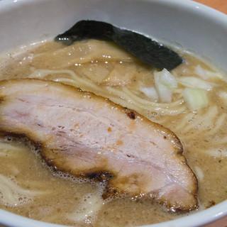 麺家 一鶴 - 料理写真:鶏煮干ラーメン