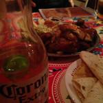 墨国回転鶏料理 - やっぱコロナ♬