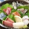 すずめのおやど - 料理写真:海の幸をどうぞご堪能ください。サーモンは海の幸じゃないかもしれないけど、けどご賞味ください!