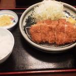 とんかつ藤 - ロースカツセット(200g)1,058円