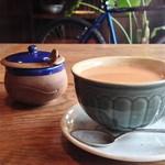 ラトナ カフェ - ランチセットのチャイ
