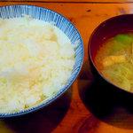 末ぜん - 御飯と味噌汁