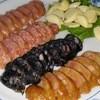 金聖春活海產 - 料理写真:綜合香腸盤(芥末香腸、飛魚卵香腸、墨魚香腸、原味香腸) 台湾ソーセージ。
