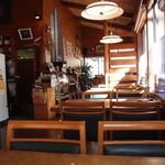 レストランHAMA - テーブル席