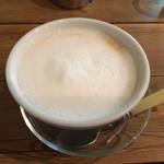 ばん珈琲店 - カフェオレ