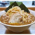 ラーメン 三太 - 「辛味噌ラーメン+辛ねぎ」… 結構ボリュームあります(2015.01)