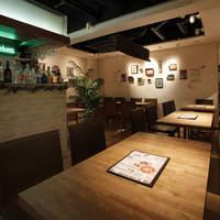 ピアンタ - B1Fテーブル席(全30席)