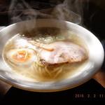 東京食堂 - 鶏塩らーめん+半チャーハン+餃子2ケ ¥1220(Aセット)