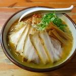 麺屋 高橋 - 昼の味噌ラーメンチャーシュートッピング 大盛り 800円+200円+100円