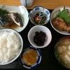 文江食堂 - 料理写真:日替わり定食 ¥650/鯖の煮つけと鶏の竜田揚げ