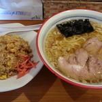 青竹手打ちらーめん 夢現 - 料理写真:半チャーハンセット(麺増量)