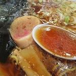 めし家あきら - クセのないあっさり系の美味いスープだ!
