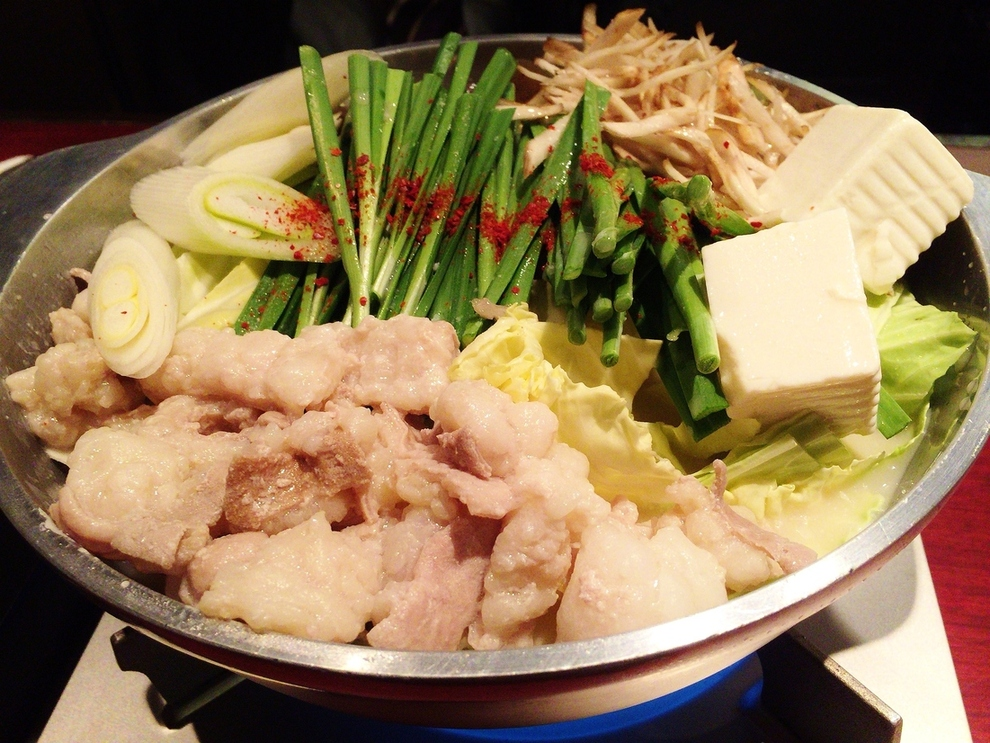 博多地鶏ともつ鍋専門店 三日月 千日前店