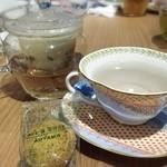 カフェ青山 - ラベンダーティー ヾ(*´▽`*)ノ