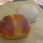 麦ばたけ - 料理写真:パンプキンロールとレモンパン