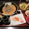 伊都ダイニング - 料理写真:「もりそば定食」は、天麩羅と寿司が付いてきます。