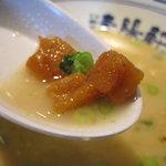 久留米ラーメン清陽軒 - 背脂チップ これが何故か美味い!
