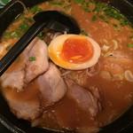 麺処 壱萬屋 - 辛味噌ラーメン 850円